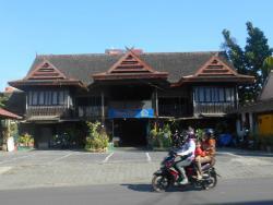 Istana Laut Seafood Restaurant