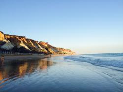 Praia do Barranco das Belharucas