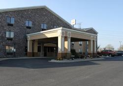 Econo Lodge Inn and Suites Monroe