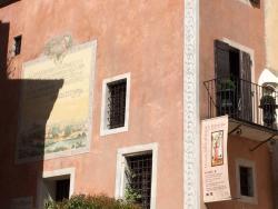Musee-Bibliotheque Petrarque