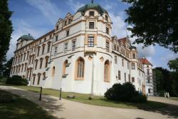 Herzog Palace (Herzogschloss)