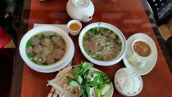 Pho Vinh Long