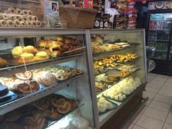Moises Bakery