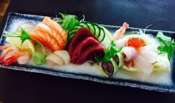 Ellas Sushi & Art