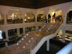 Reception and Lobby bar