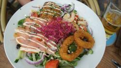 Волшебный салат с морепродуктами