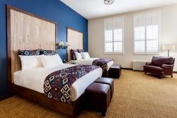 Two Queens Room
