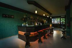 Tuke Drink Pub