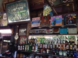Monggo Bar & Restaurant