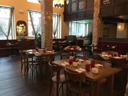 398 Restaurant & Bar