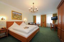 Hotel Gasthof Höttl