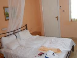 Isidora Hotel