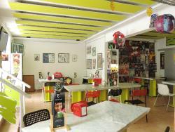 Len's Comic Cafe