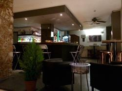 Es Cornet Lounge Bar