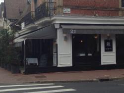 Le 21 - Café Restaurant