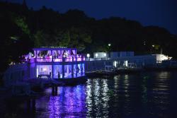 Evening atmosphere at Bonj 'les bains' 1927 luxury beach club