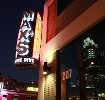 MAX's Wine Dive Austin