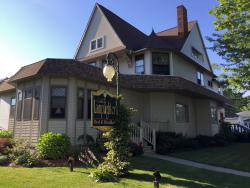 The Lamplighter Bed and Breakfast of Ludington