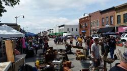 Litchfield Pickers Market
