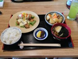Yukashi Japanese Restaurant