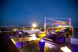 Jim'bar'N Rooftop Bar & Lounge