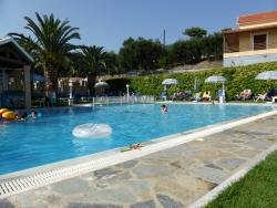 Pool far end