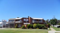 Clubarham Motel