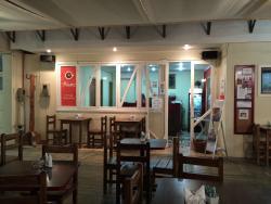 Cafe de la Mane