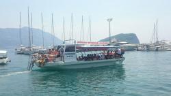Rent-a-boat Hakunamatata Company
