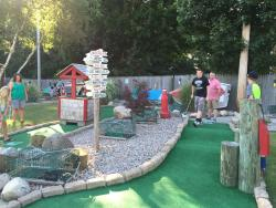 Cataumet Light Mini Golf