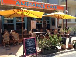 Ambiance Café