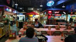 "Rudy's ""Country Store"" & Bar-B-Q"