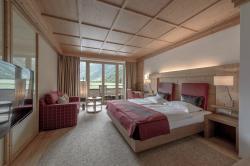 AQUA DOME Hotel