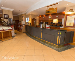 Front Desk at the Holiday Inn Glasgow City Centre Theatreland