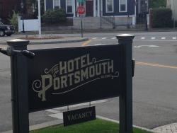 Hotel Portsmouth sign