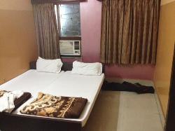 Neelkanth Hotel