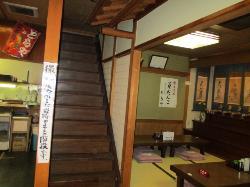 座敷と階段