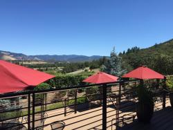 Weisinger Family Winery