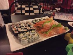 Nakayoshi Sushi Bar