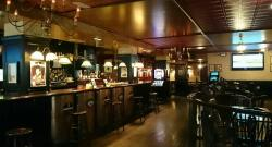 Hanigans Iris Tavern