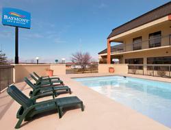 Baymont Inn & Suites Topeka