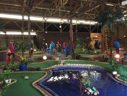 ‪Funtasia Adventure Minigolf‬