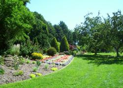 Lyndale Park Peace (Rock) Garden