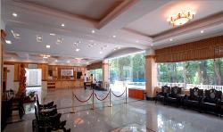 Hua Ting Hu Hotel