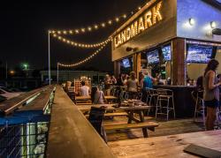 Landmark Bar & Kitchen Fort Worth
