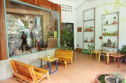 Hola Cafe