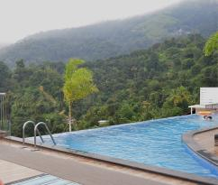 Swiming poolon roof top