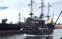 Galeon Lew & Czarna Perla - Boat Tours