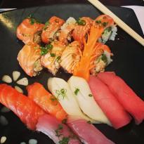 Yanagi Sushi & Grill