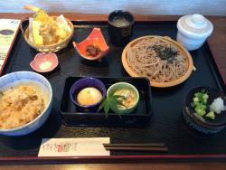 Ginrei Handmade Soba Yonago